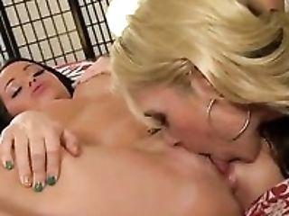 Schönheit, Blond, Brünette, Niedlich, Horny, Lesbisch, Oralsex, Sarah Vandella, Sexy, Slut,