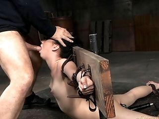 Bdsm, Bondage, Deepthroating, Verlies, Fetisch, Submissiv,