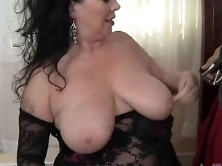 BBW, Brunette, Chubby, Cute, Dick, Fat, HD, Mom,