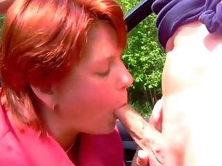 Anna Sucks, Große Titten, Blowjob, Schwanz, Outdoor, Rothaarige,