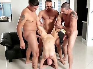 Tous Les Trous, Beauté, Blonde, Cowgirl , Mignonette, Gangbang, Hardcore , Horny, Monter, Slut,
