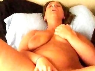 Amateur, Dicker Arsch, Brünette, Spiel, Masturbation, Muschi,