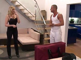 анальный секс, большие сиськи, британки, грязное, в высоком разрешении, Horny, Julia Ann, массаж, от первого лица,